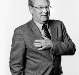 Robert P Smith photo